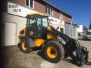 Traktor JCB 409